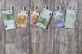 money-2991837_1280